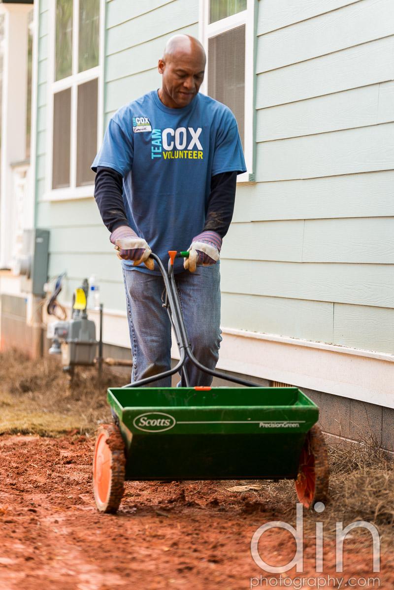 Cox-HFH-Dedication-2014-0139